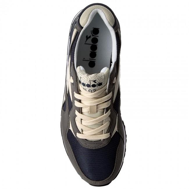 Sneakers DIADORA - N-92 501.171820 01 C6654 Dark Denim Charcoal Gray -  Sneakers - Scarpe basse - Uomo - www.escarpe.it 35f6b147502