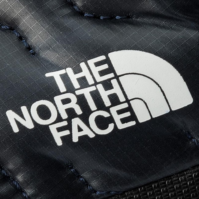 Pantofole THE NORTH FACE - Thermoball Traction Mule IV T933IEYXE Shiny  Urban Navy The White 8e55af796a5c