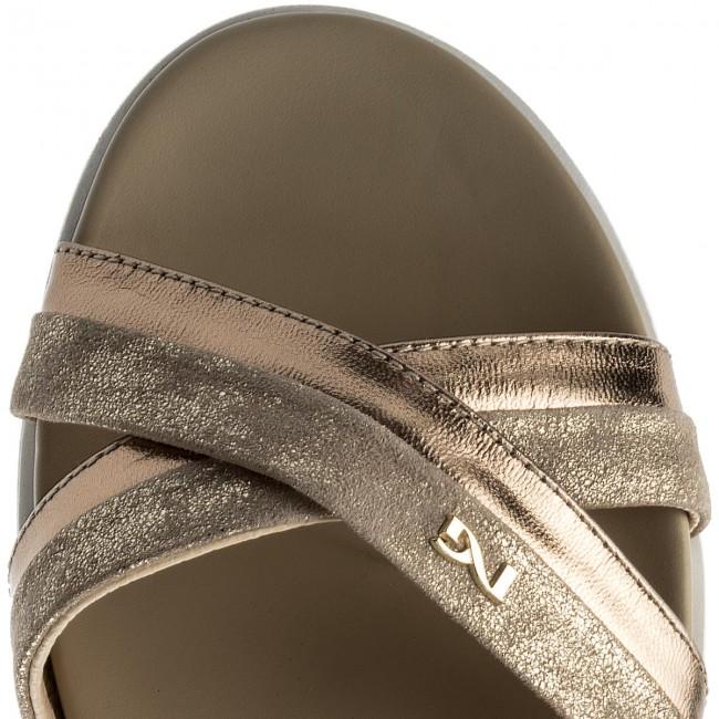 Sandali NERO GIARDINI - P805850D P805850D P805850D Poudre Champagne 434 - Sandali da giorno - Sandali - Ciabatte e sandali - Donna | Conveniente  | Sig/Sig Ra Scarpa  c58c9f