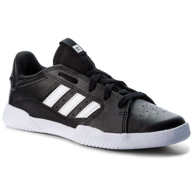 scarpe basse adidas