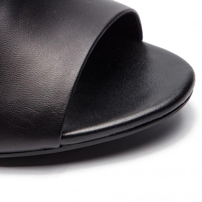 Sandali Sandali Sandali CLARKS - Laureti Star 261401734 nero Leather - Sandali da giorno - Sandali - Ciabatte e sandali - Donna   Moda    Scolaro/Signora Scarpa  cf5cf4