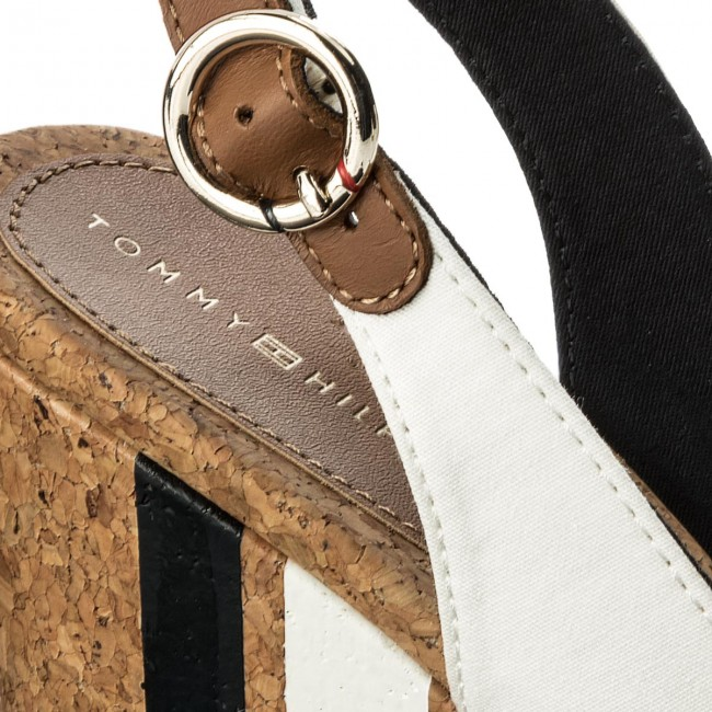 Sandali TOMMY HILFIGER Wedge With Printed Stripes FW0FW02794 Cobblestone 068