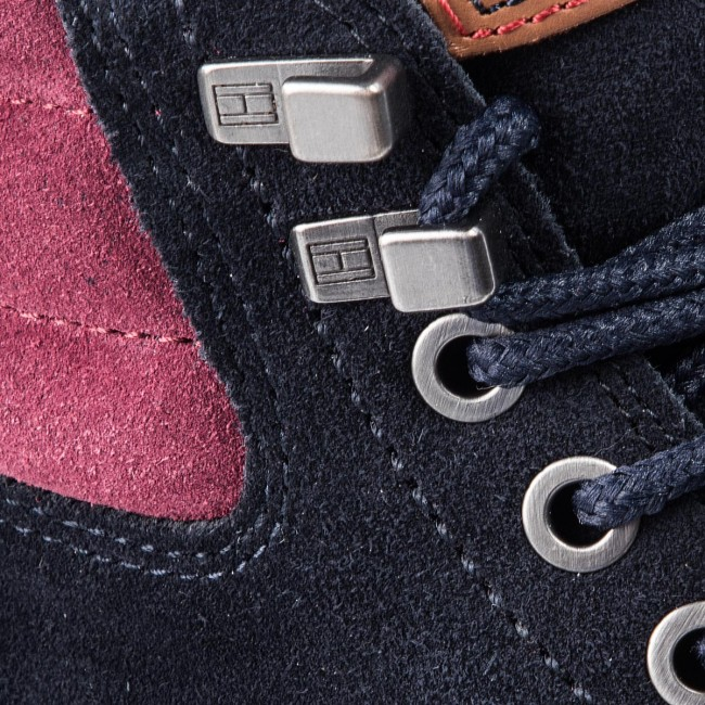 timeless design a08c2 39f64 Scarponcini TOMMY HILFIGER - Outdoor Suede Boot FM0FM01748 Midnight 403