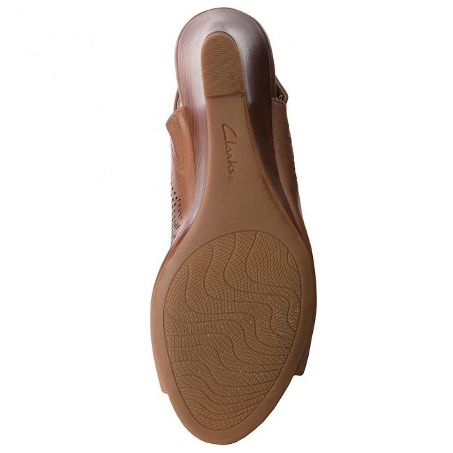 Sandali CLARKS - Raven Dawn 261318554 Tan Leather