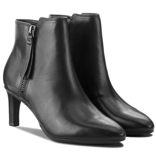 Tronchetti CLARKS - Calla Blossom 261360384 Black Leather - Tronchetti - Stivali e altri - Donna