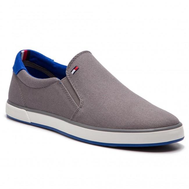 Scarpe sportive TOMMY HILFIGER - Iconic Slip On Sneaker FM0FM00597  Steel Grey 039