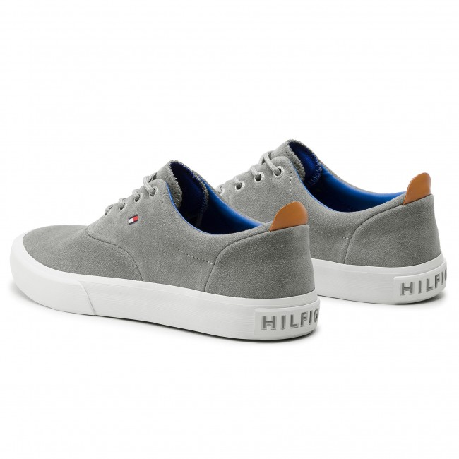 Scarpe sportive TOMMY HILFIGER Core Thick Suede Sneaker FM0FM02050 Griffin 991