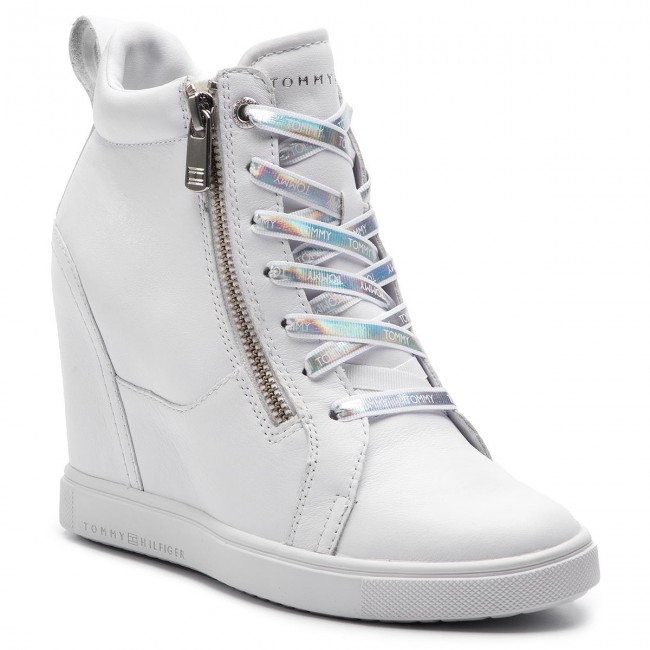 10e1722aafe5 Sneakers TOMMY HILFIGER - Iridescent Dress Sneaker FW0FW03921 White 100 -  Sneakers - Scarpe basse - Donna - escarpe.it