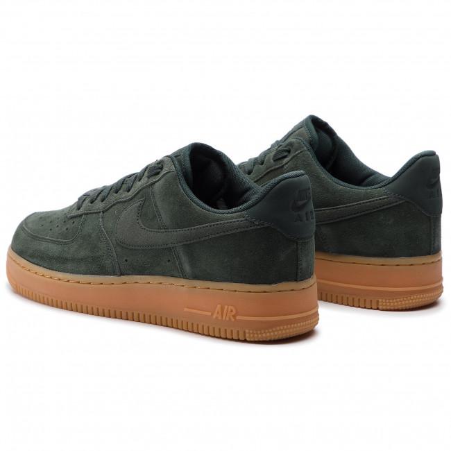 Scarpe Uomo Nike Air Force 1 07 LV8 Suede Verde Outdoor