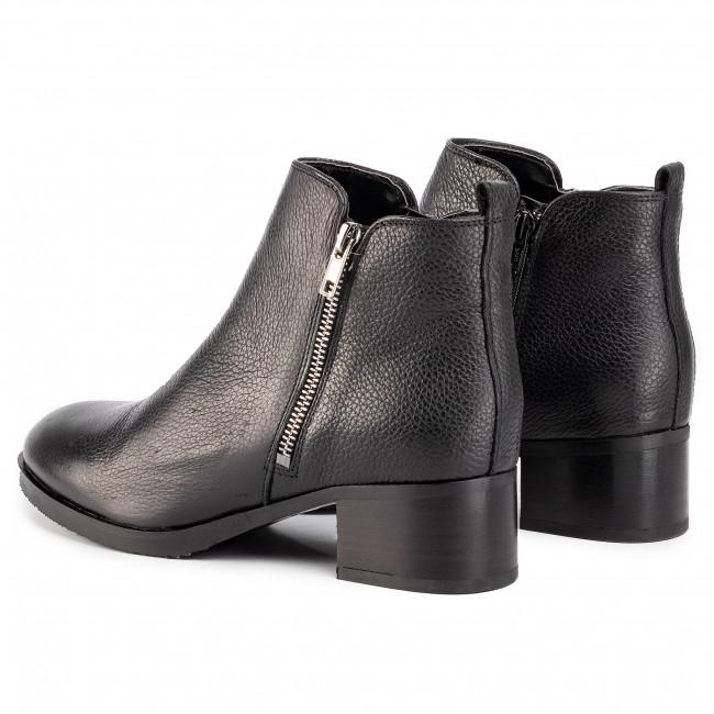 Tronchetti CLARKS Mila Sky 261467904 Black Leather