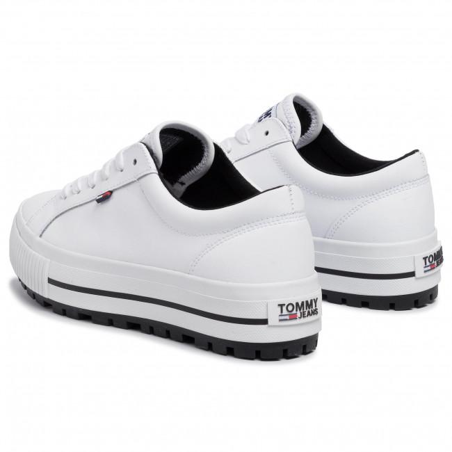 Sneakers TOMMY JEANS Lowtop Cleated Sneaker EN0EN00648 White 100