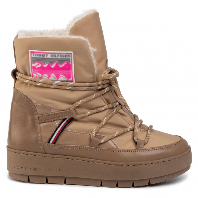 Scarpe TOMMY HILFIGER City Voyager Snow Boot FW0FW04574 BRW