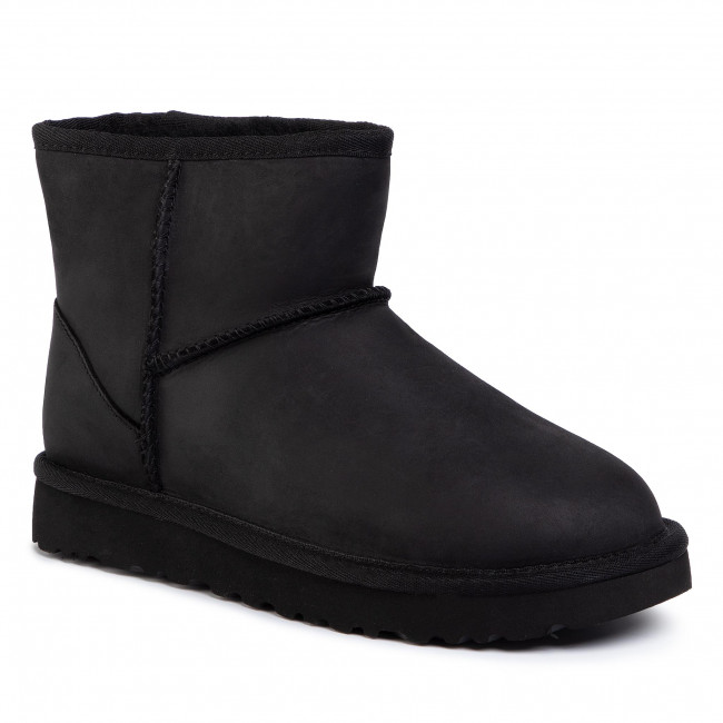 Ugg Leather Mini 1016558.MINI BLACK | Spinnaker Boutique