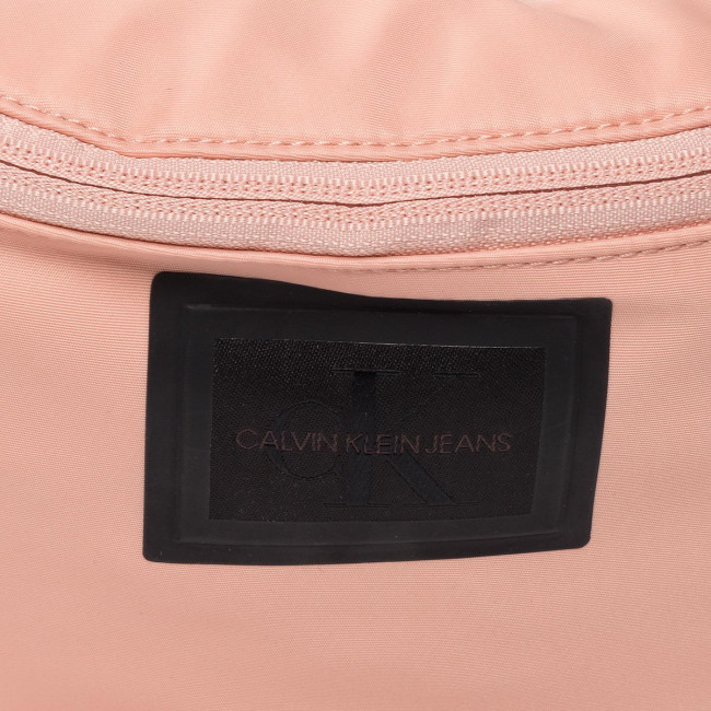 Marsupio CALVIN KLEIN JEANS - Ckj Sleek Nylon Streetpack K60K606599 PNK - Uomo - Borse per adolescenti - Pelletteria - Accessori