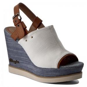 Ciabatte e sandali - www.escarpe.it 5c8ad460c33