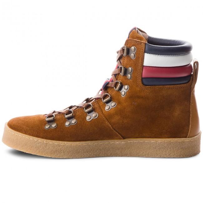Uomo Stivali E Altri Tommy Hilfiger - Crepe Outsole Hiking Hybrid Boot Fm0fm01918 Cognac 606